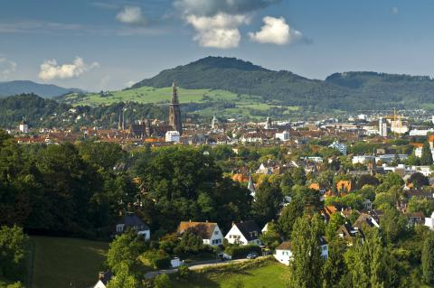 Freiburg -Sommer, photo by Daniel Schoenen